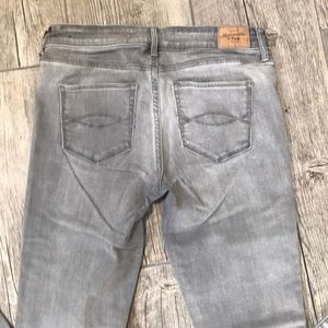 Abercrombie & Fitch Super Skinny Gray Denim Jeans